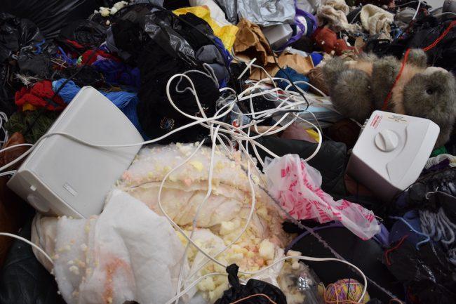 A mountain of trash. Photo.