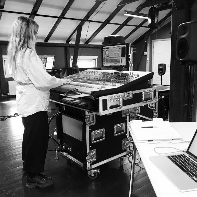 Artist working on the recordings. Photo.